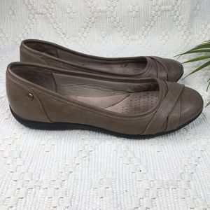 Life Stride Loyal Taupe Brown Ballet Flats 9